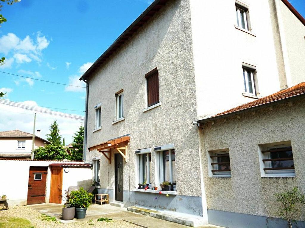 Achat Maison 6 pièces à Neuville-sur-Saône - vignette-1