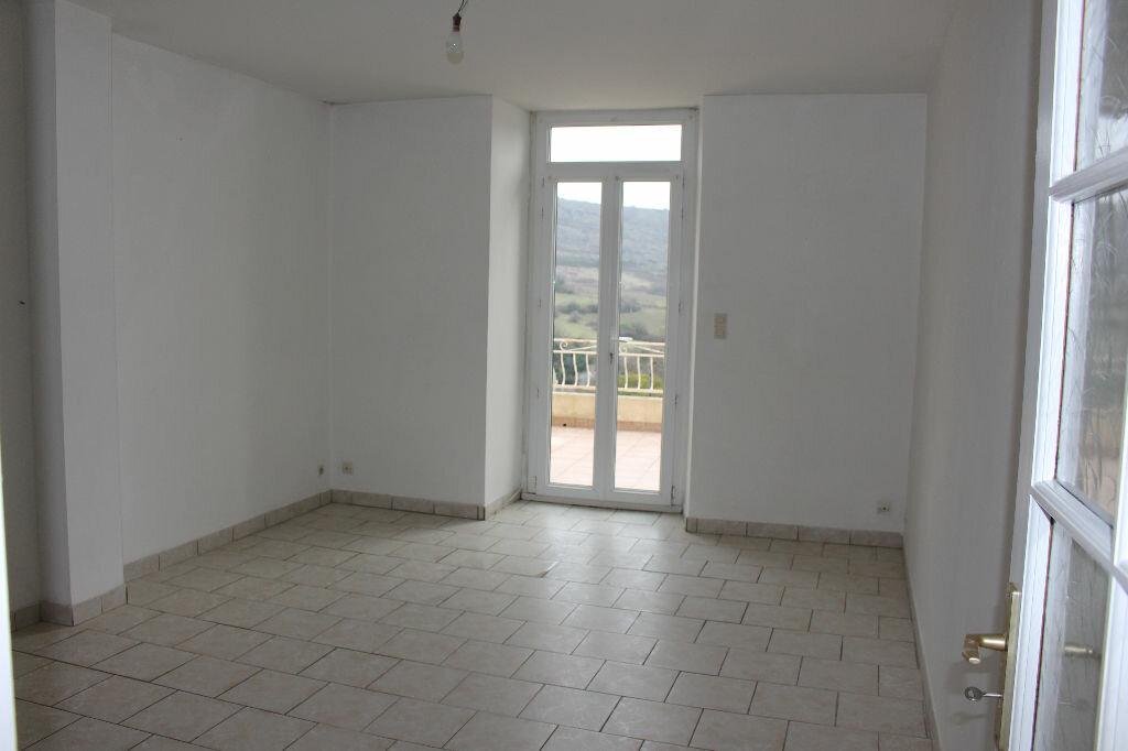Location Appartement 4 pièces à Villeneuve-de-Berg - vignette-1