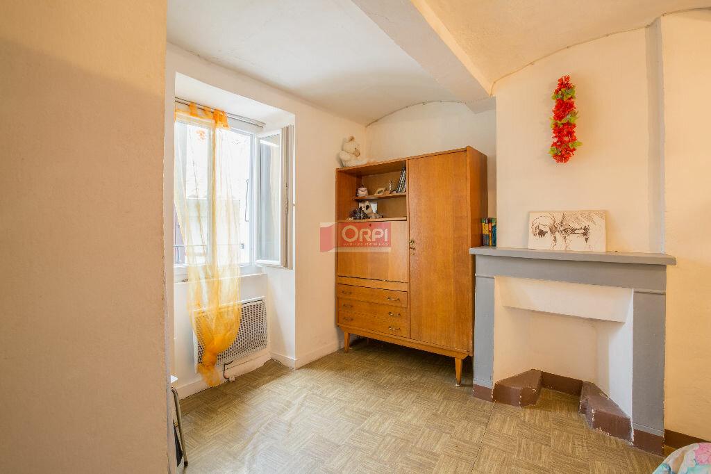 Achat Maison 4 pièces à Saint-Jean-le-Centenier - vignette-6