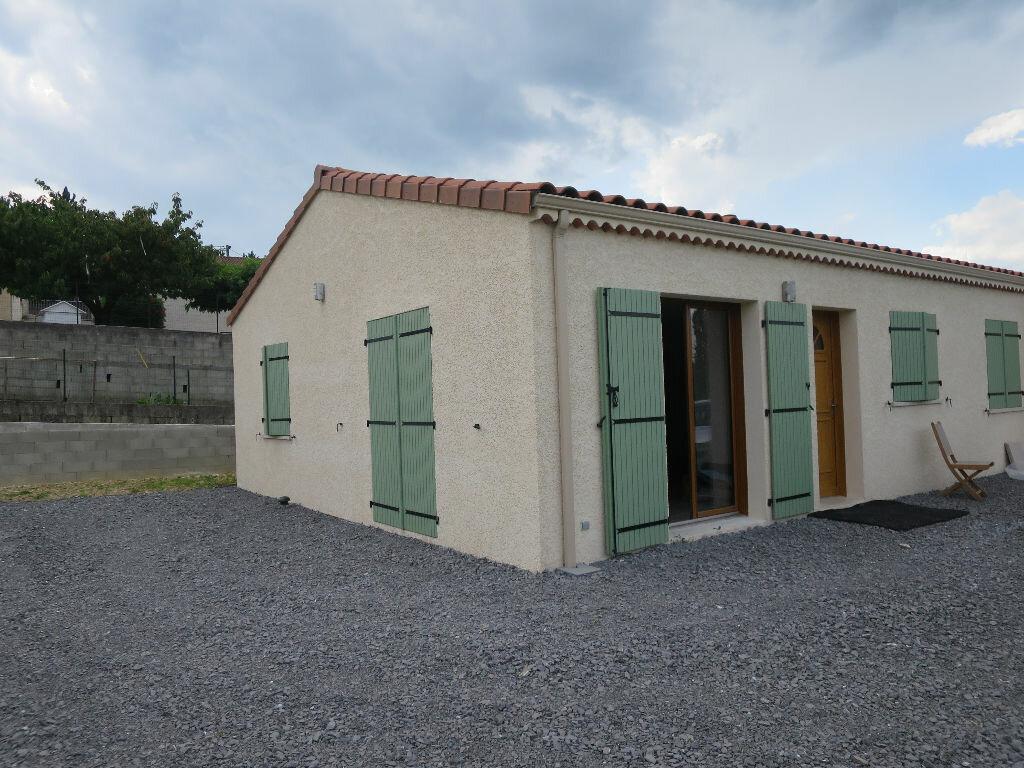 Location Maison 4 pièces à Villeneuve-de-Berg - vignette-1