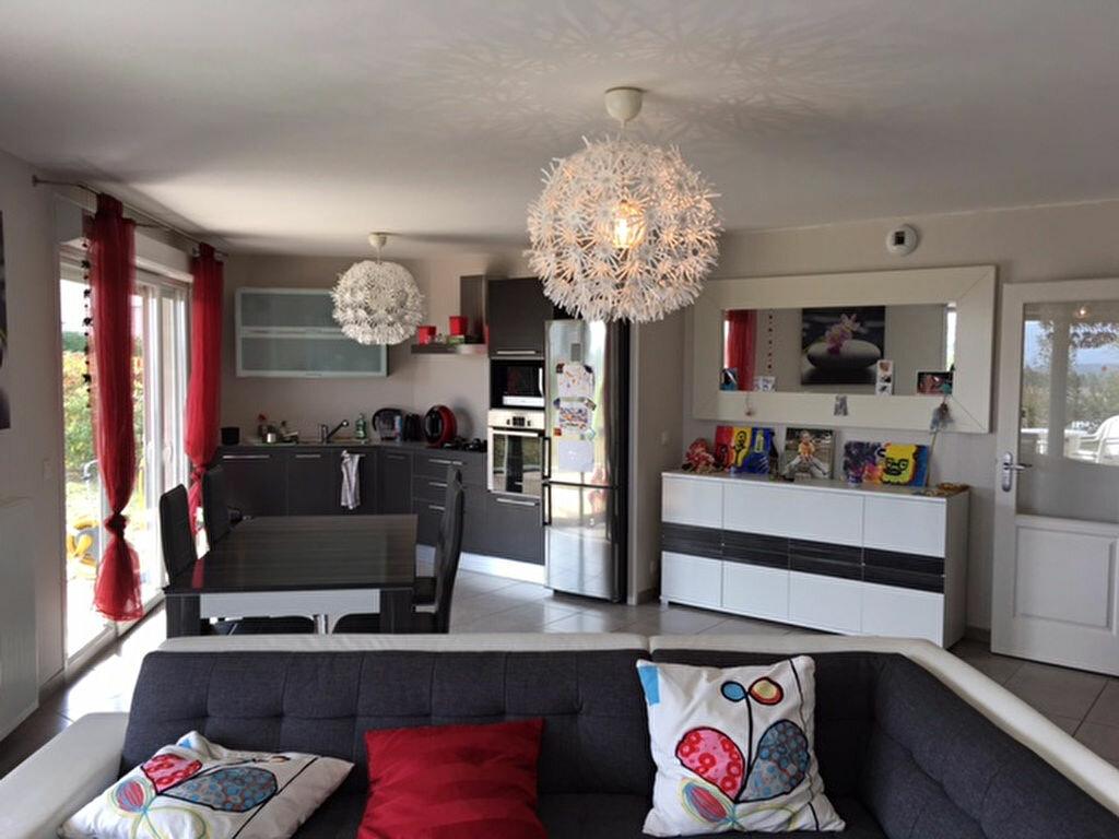 Achat Appartement 3 pièces à Thoiry - vignette-1