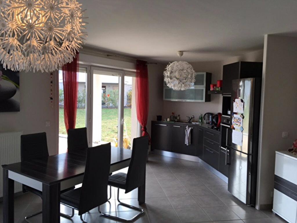 Achat Appartement 3 pièces à Thoiry - vignette-3