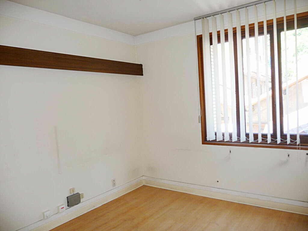 Achat Appartement 3 pièces à Bellegarde-sur-Valserine - vignette-2