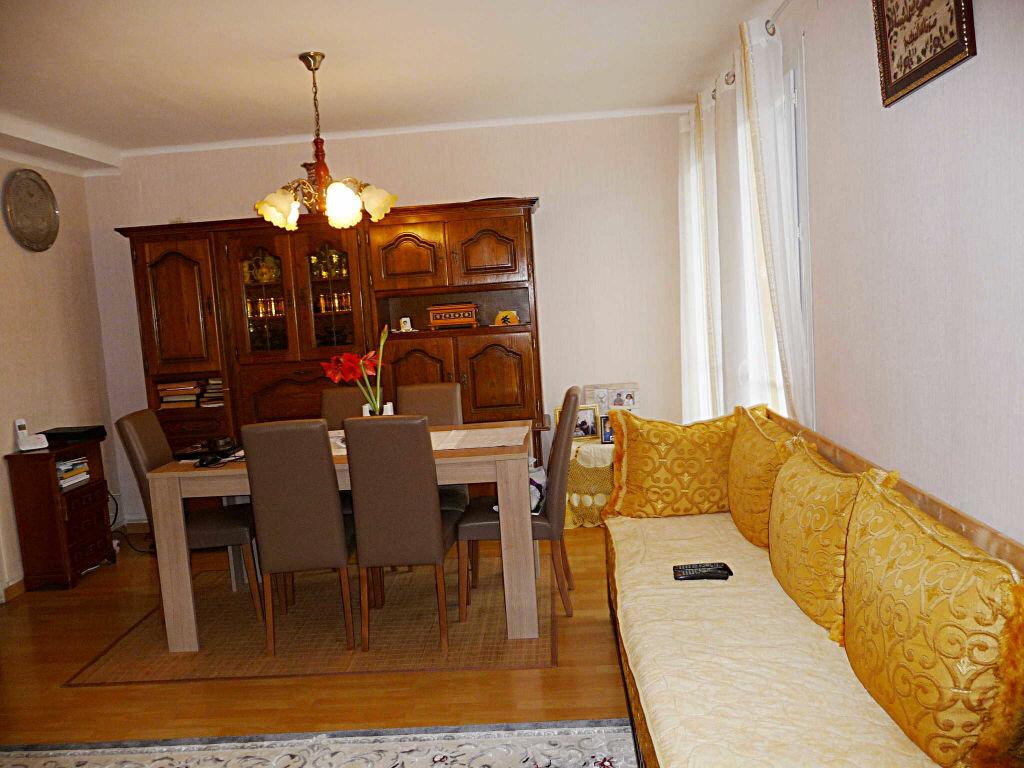 Achat Appartement 3 pièces à Lancrans - vignette-1