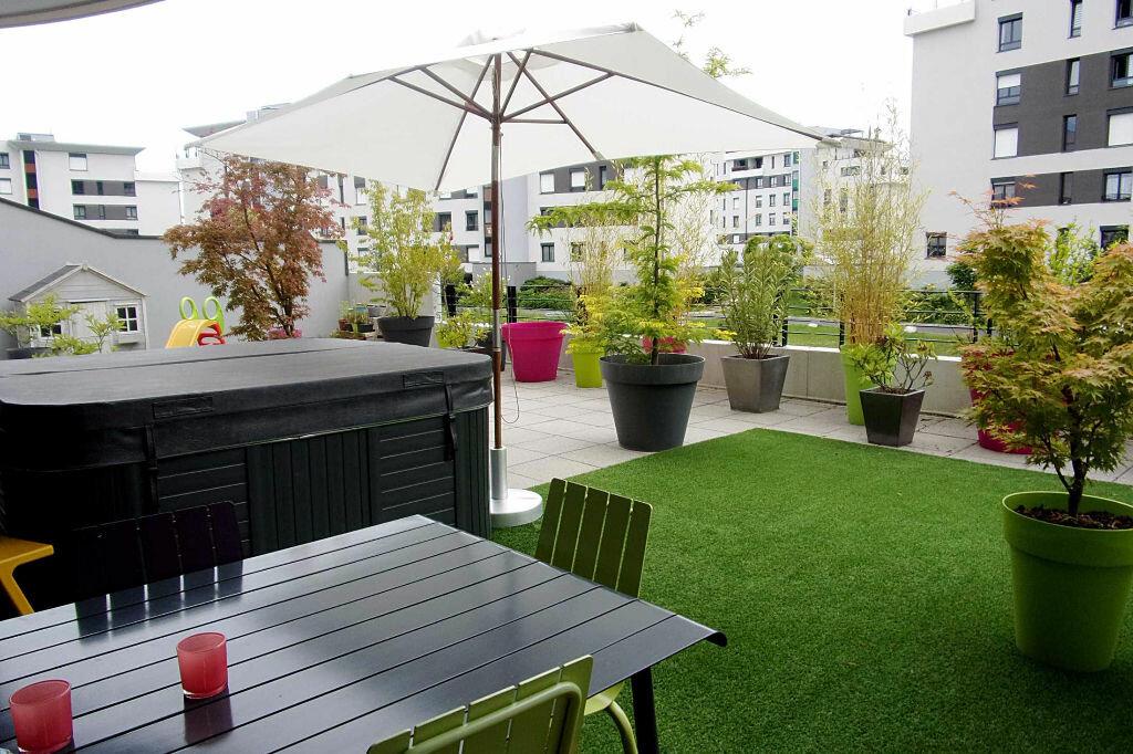 Achat Appartement 4 pièces à Saint-Genis-Pouilly - vignette-1