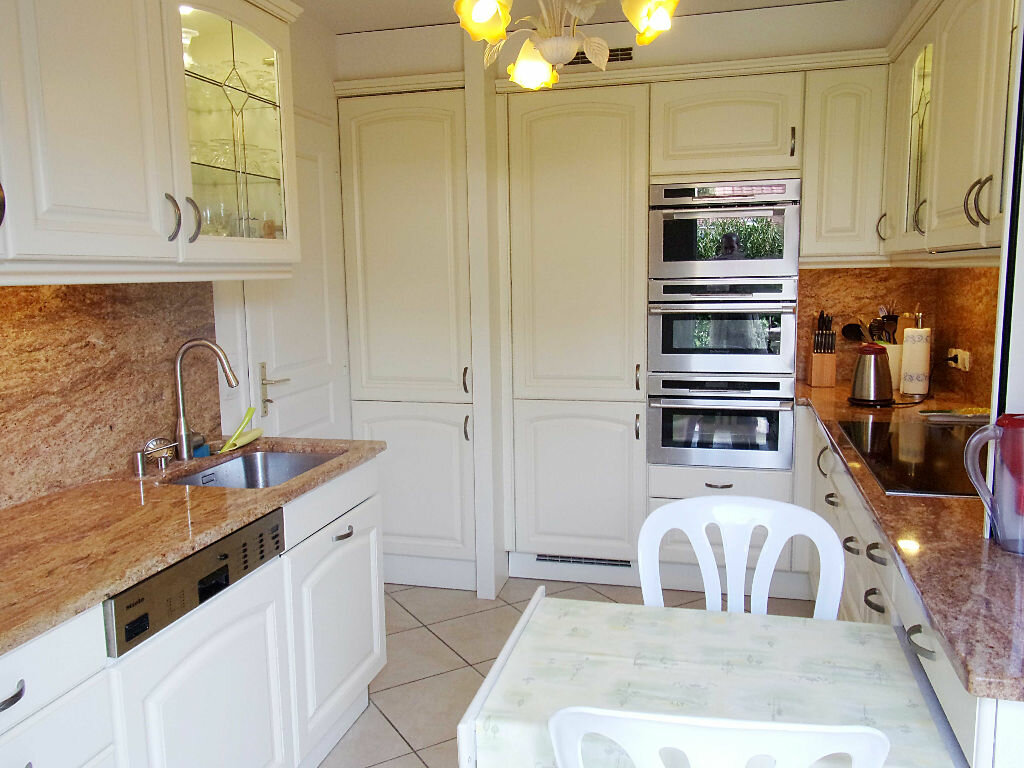 Achat Maison 4 pièces à Saint-Genis-Pouilly - vignette-3