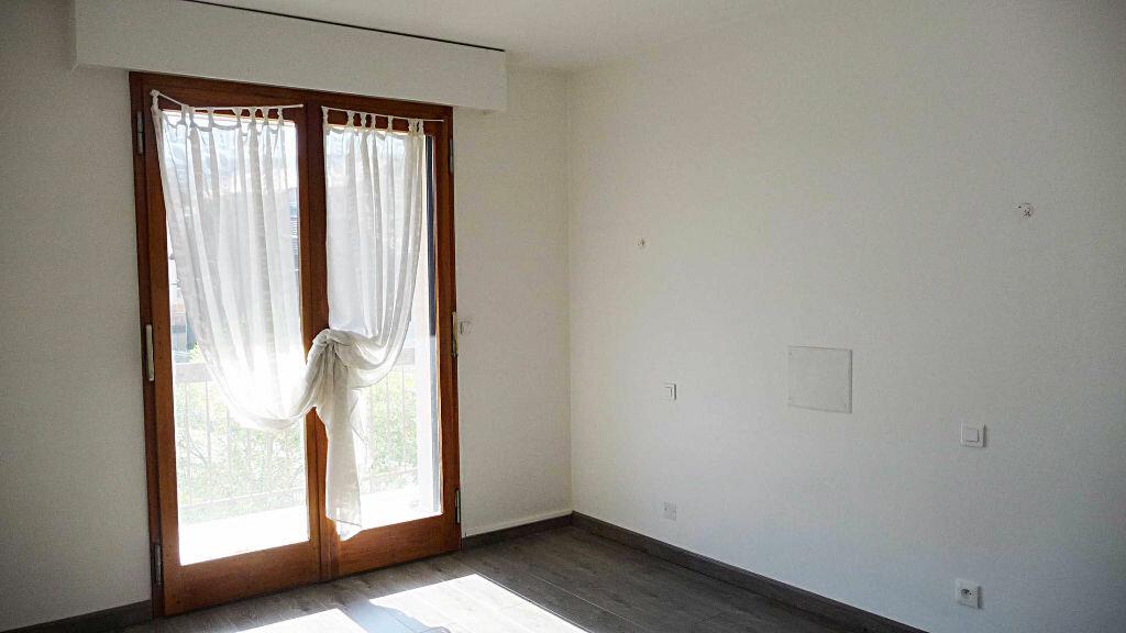 Achat Appartement 5 pièces à Bellegarde-sur-Valserine - vignette-1