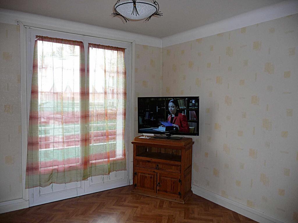 Achat Appartement 4 pièces à Bellegarde-sur-Valserine - vignette-1