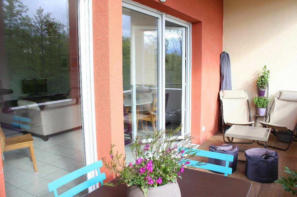 Achat Appartement 4 pièces à Ornex - vignette-1