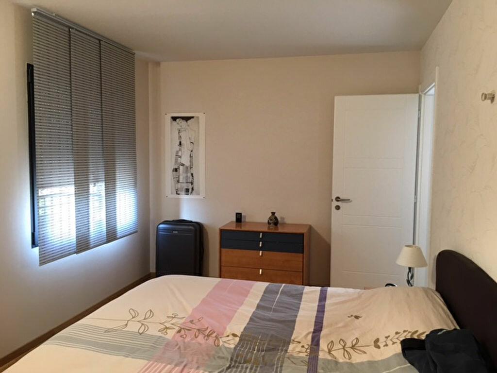 Achat Appartement 5 pièces à Saint-Genis-Pouilly - vignette-5