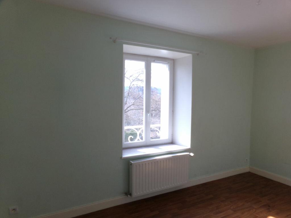 Location Maison 4 pièces à Neussargues-Moissac - vignette-6