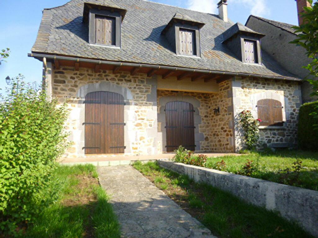 Achat Maison 5 pièces à Ruynes-en-Margeride - vignette-1