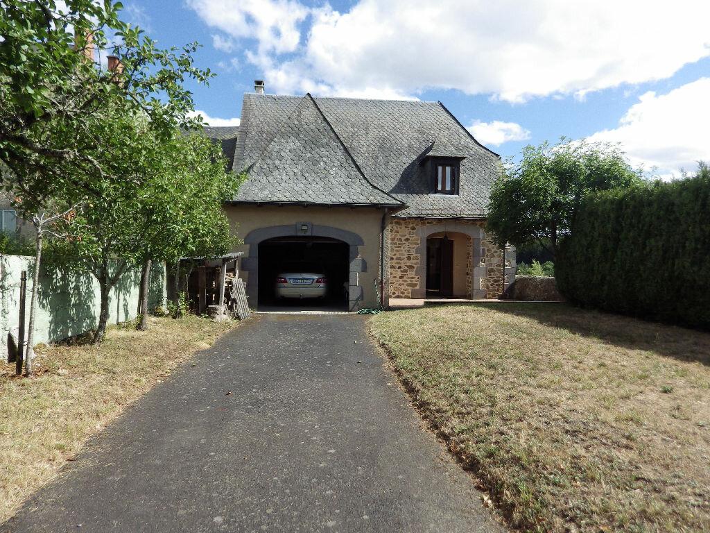 Achat Maison 5 pièces à Ruynes-en-Margeride - vignette-2