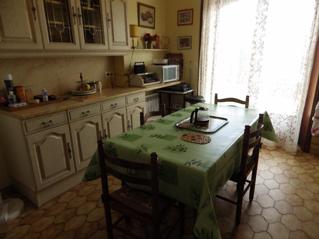 Achat Maison 5 pièces à Ruynes-en-Margeride - vignette-7