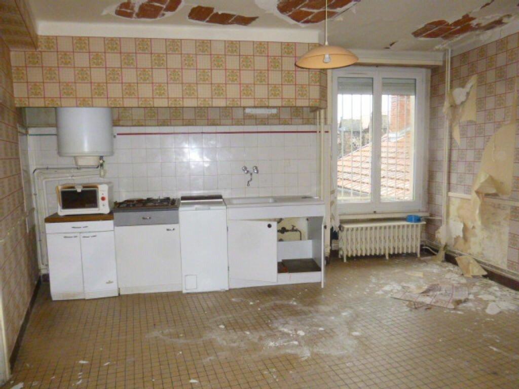 Achat Appartement 7 pièces à Saint-Flour - vignette-3