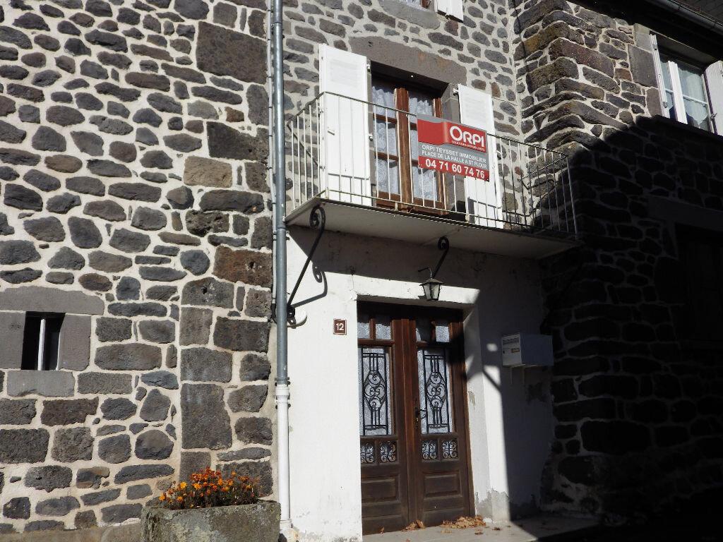 Achat Maison 3 pièces à Pierrefort - vignette-1