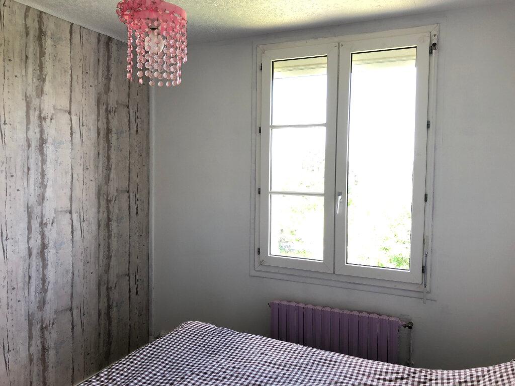 Location Maison 5 pièces à Varennes-Vauzelles - vignette-5
