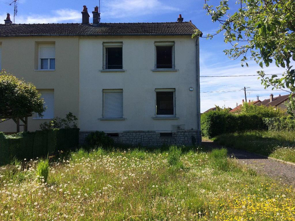 Location Maison 5 pièces à Varennes-Vauzelles - vignette-12