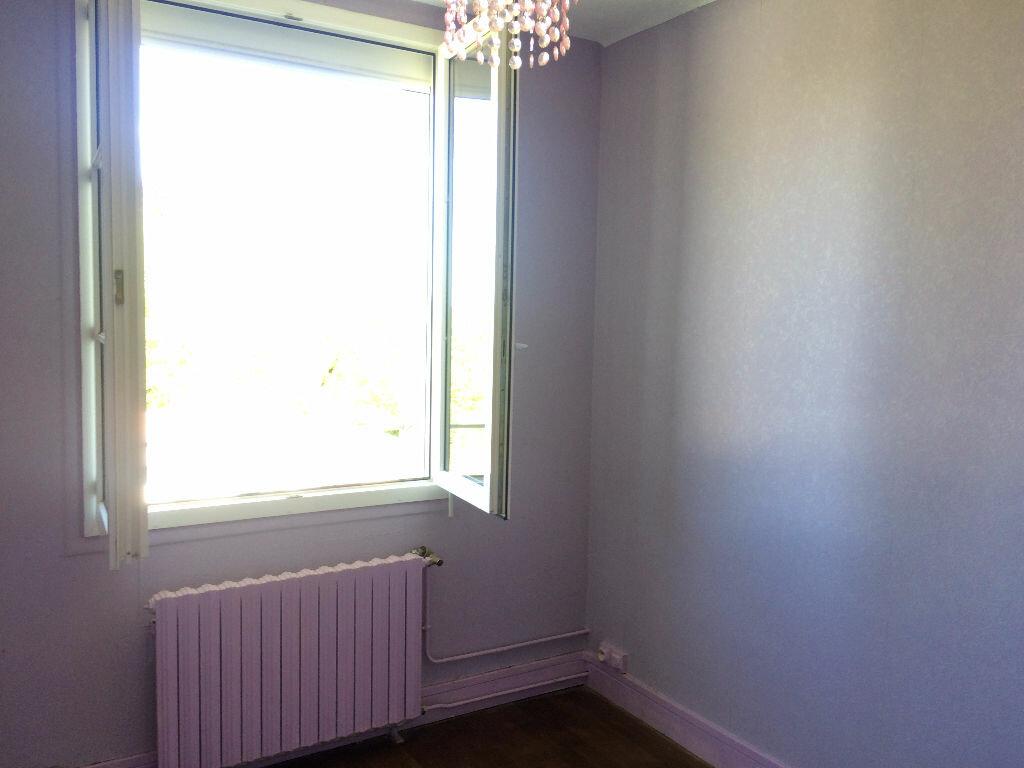 Location Maison 5 pièces à Varennes-Vauzelles - vignette-14