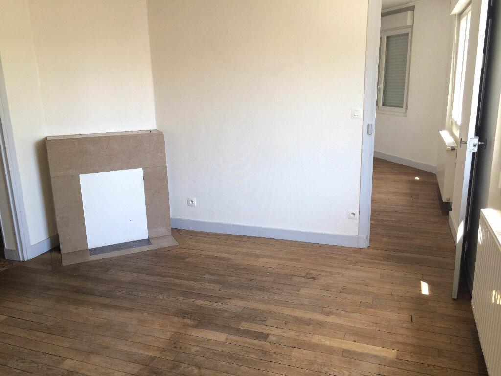 Location Appartement 3 pièces à Nevers - vignette-1