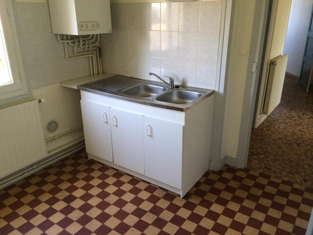 Location Appartement 3 pièces à Nevers - vignette-5