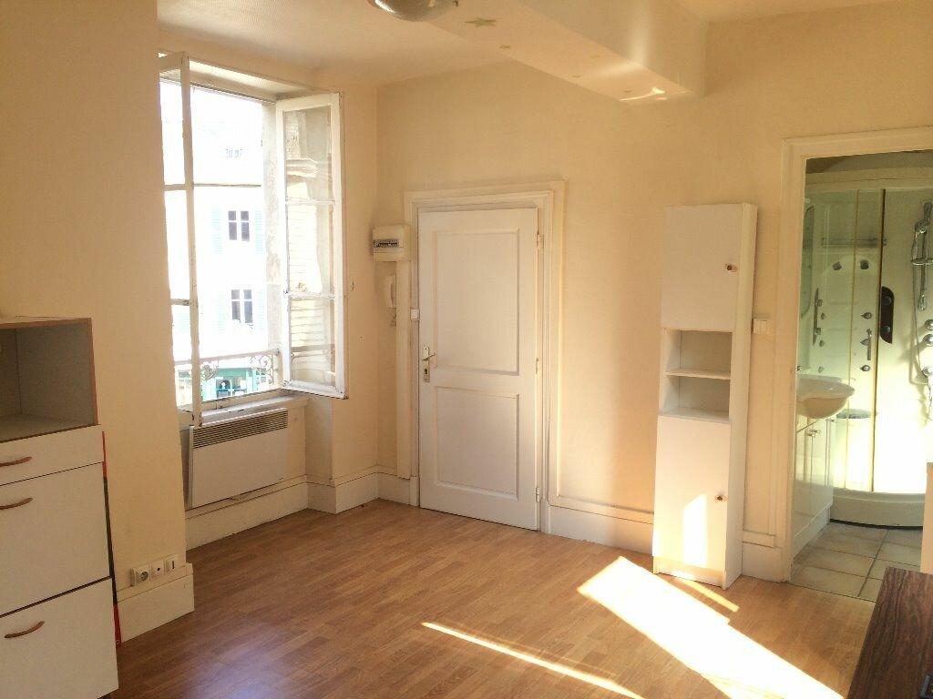 Location Appartement 1 pièce à Decize - vignette-1