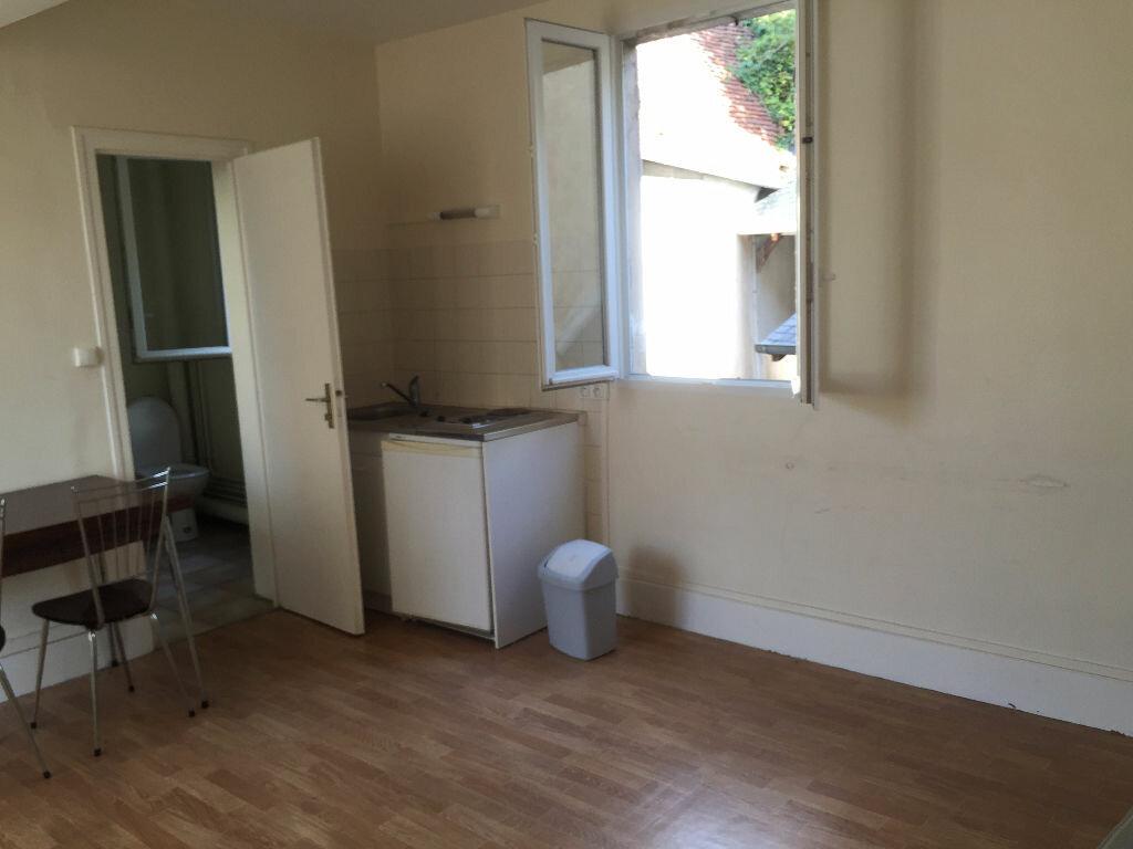 Location Appartement 1 pièce à Decize - vignette-2
