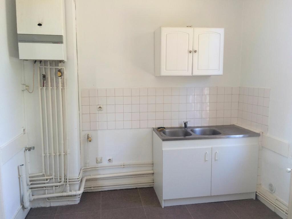 Location Appartement 4 pièces à Coulanges-lès-Nevers - vignette-5