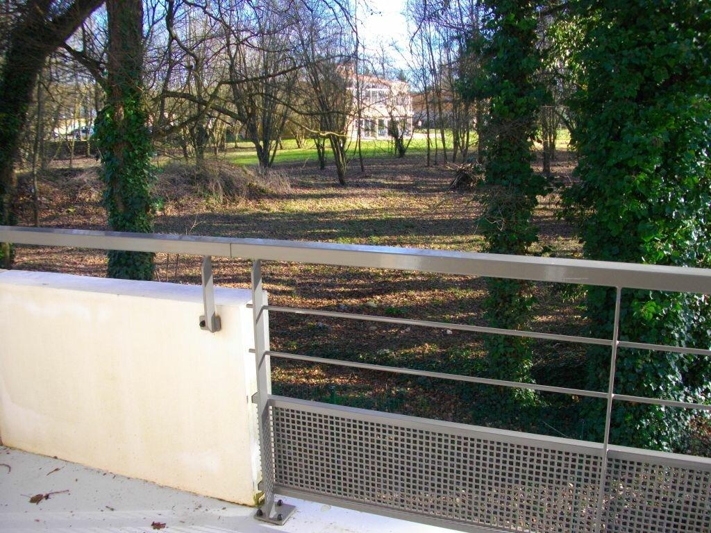 Location Appartement 2 pièces à Bourges - vignette-1