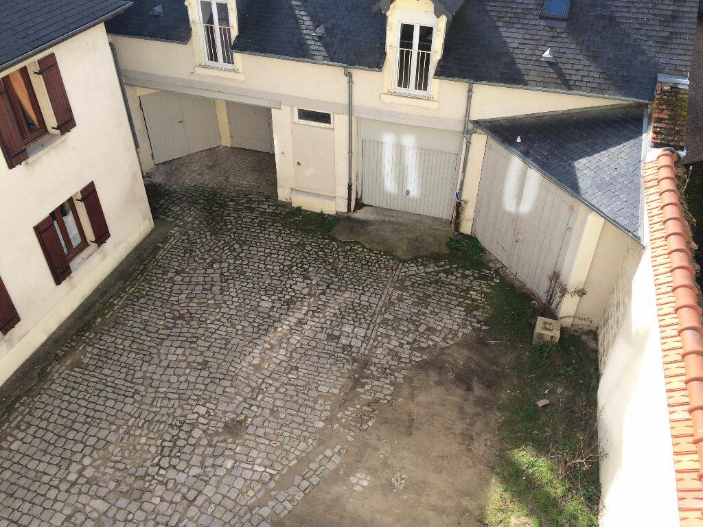 Location Appartement 6 pièces à Nevers - vignette-3