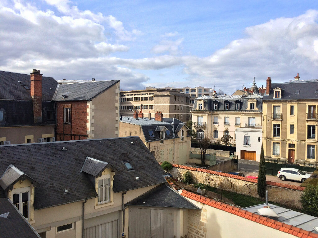 Location Appartement 6 pièces à Nevers - vignette-6