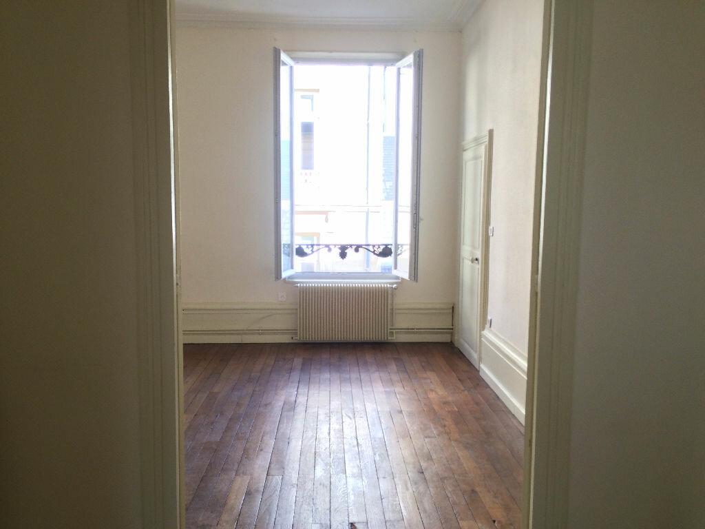 Location Appartement 6 pièces à Nevers - vignette-7