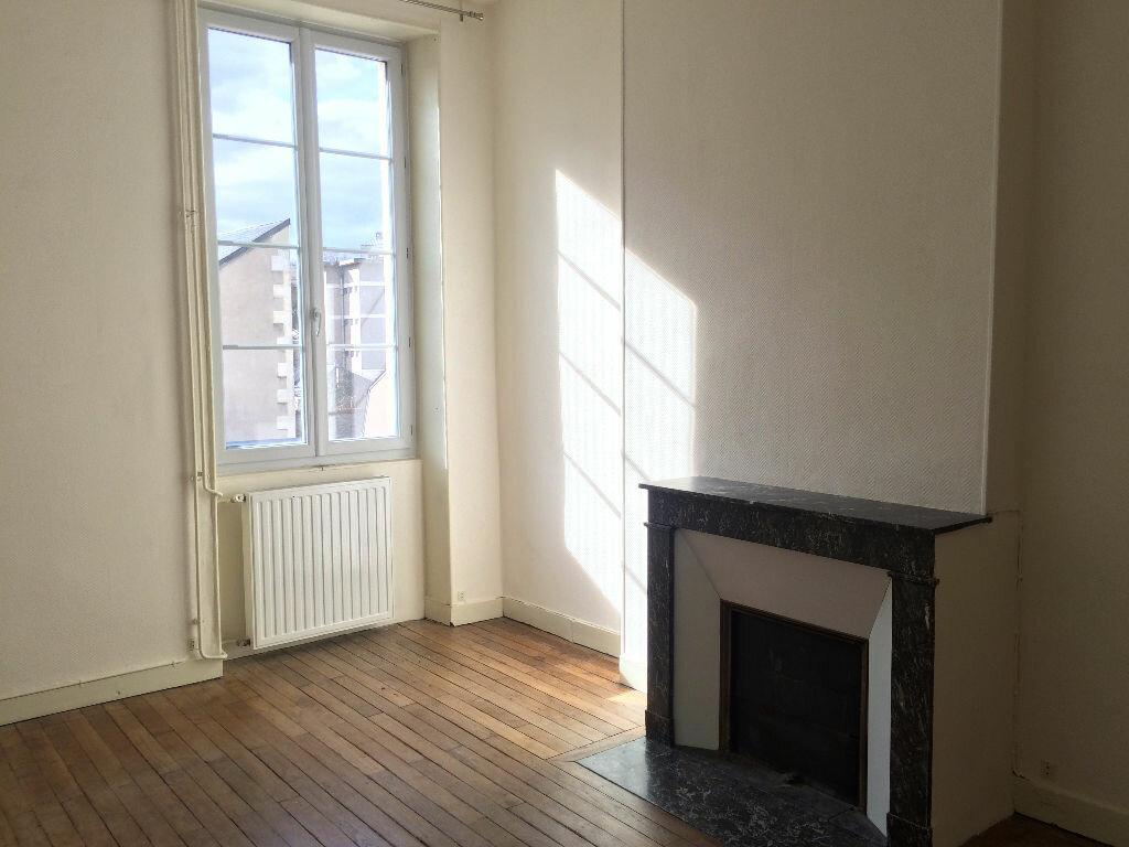 Location Appartement 6 pièces à Nevers - vignette-17