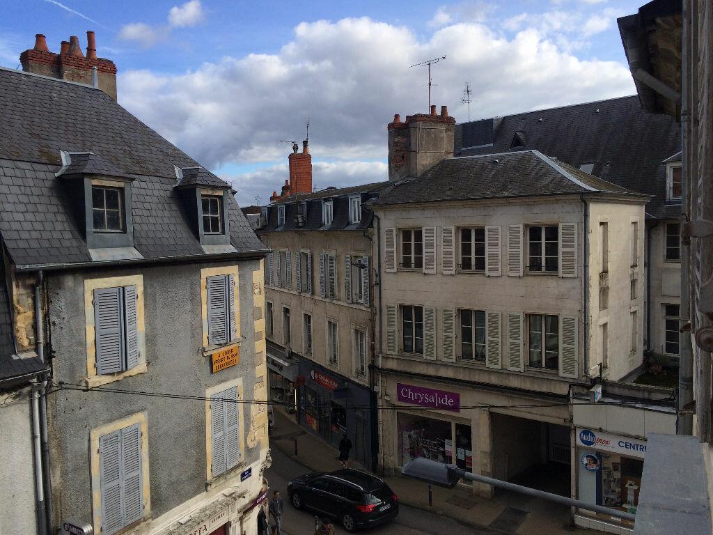 Location Appartement 6 pièces à Nevers - vignette-18