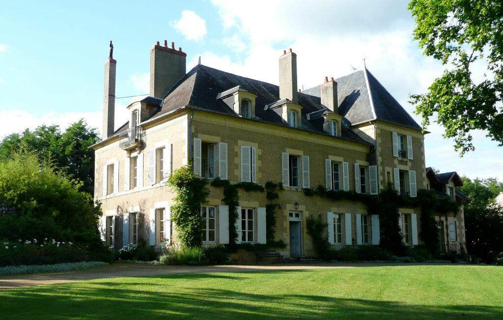 Achat Maison 17 pièces à Saint-Éloi - vignette-1