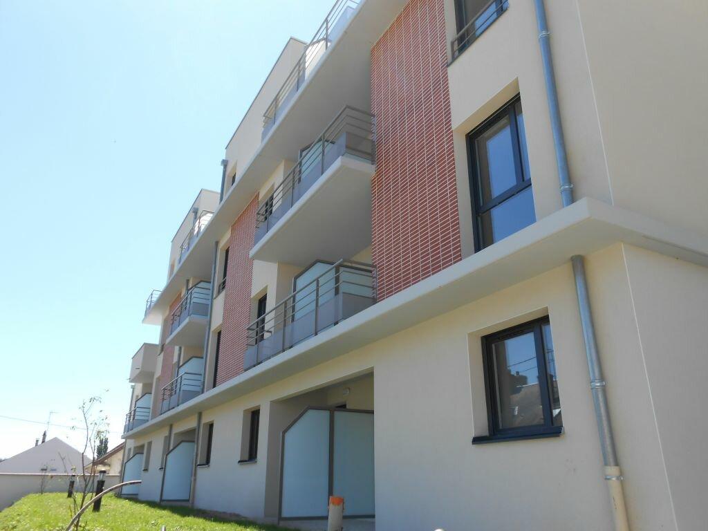Location Appartement 1 pièce à Nevers - vignette-1