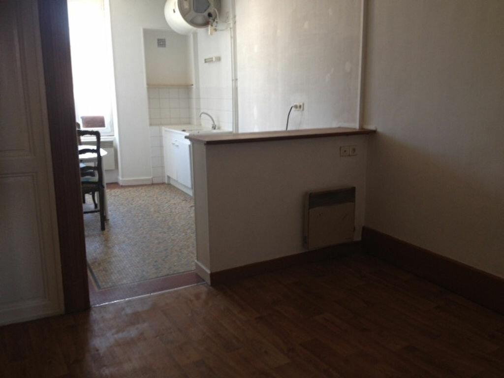 Location Appartement 2 pièces à Nevers - vignette-1