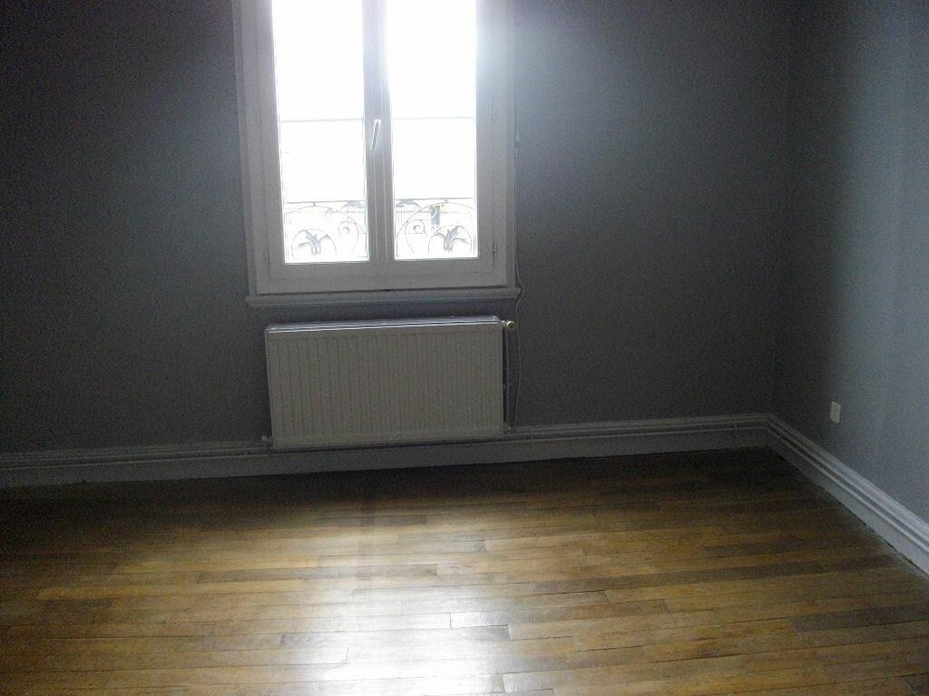 Location Appartement 3 pièces à Bourges - vignette-3