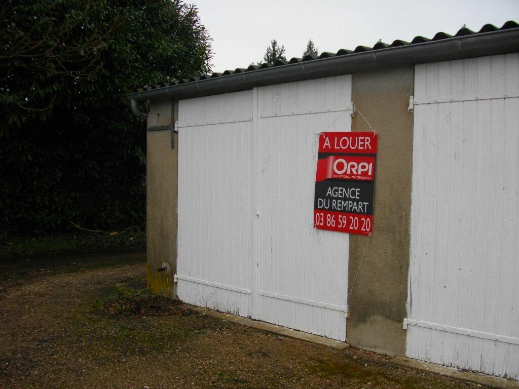 Location Stationnement  à Nevers - vignette-2
