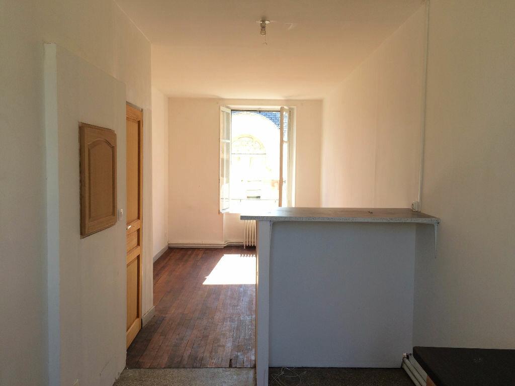 Location Appartement 4 pièces à Nevers - vignette-7