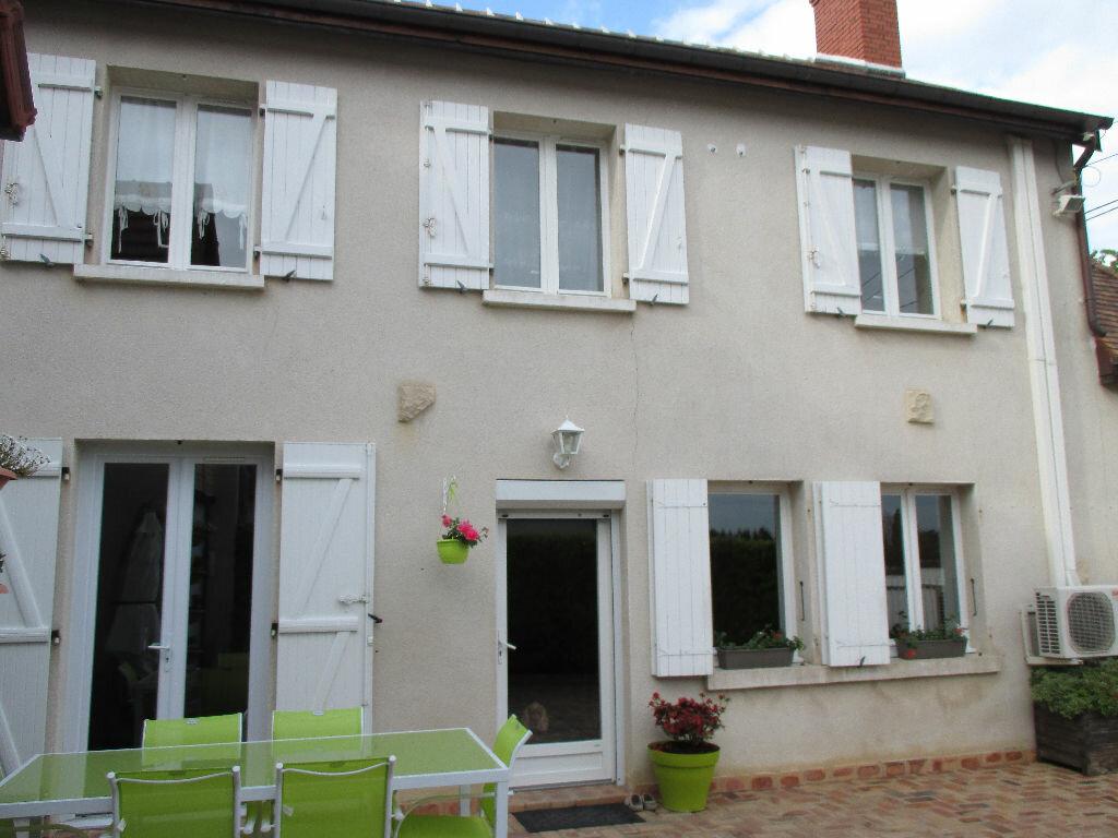Achat Maison 4 pièces à Les Aix-d'Angillon - vignette-1