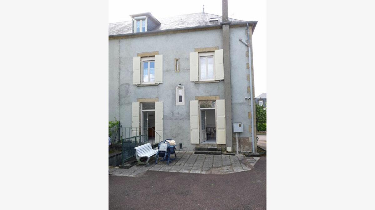 Achat Maison 9 pièces à Saint-Honoré-les-Bains - vignette-9