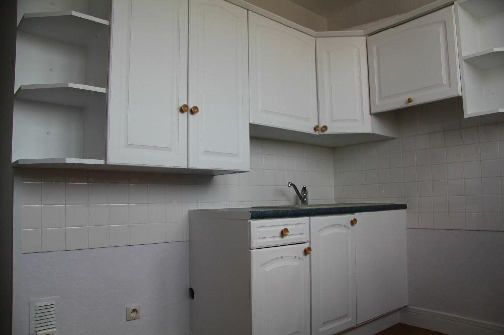 Achat Appartement 3 pièces à Bourges - vignette-2