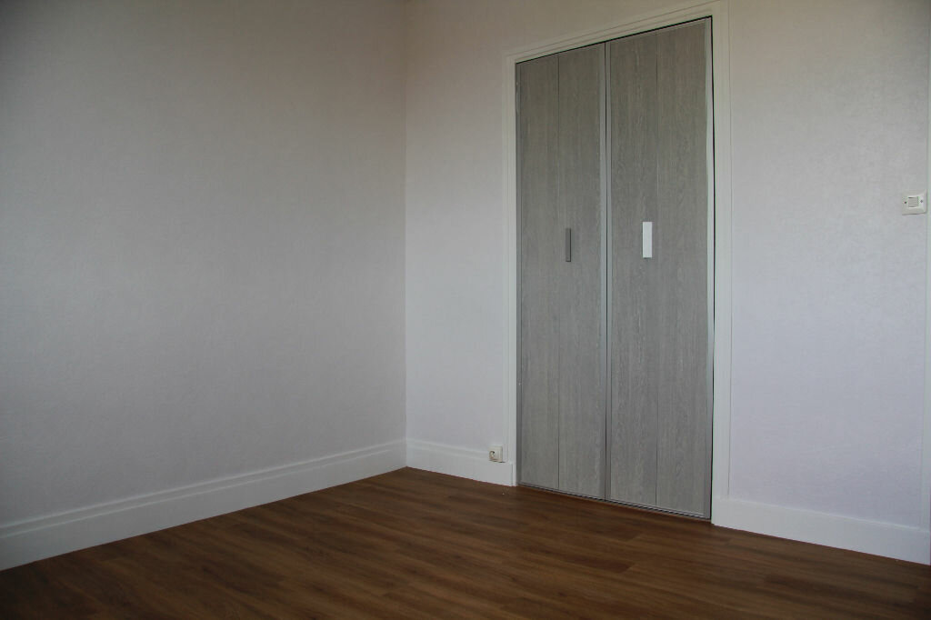 Achat Appartement 3 pièces à Bourges - vignette-6