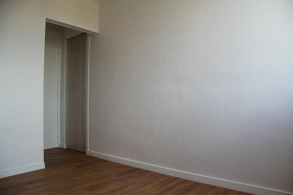 Achat Appartement 3 pièces à Bourges - vignette-7