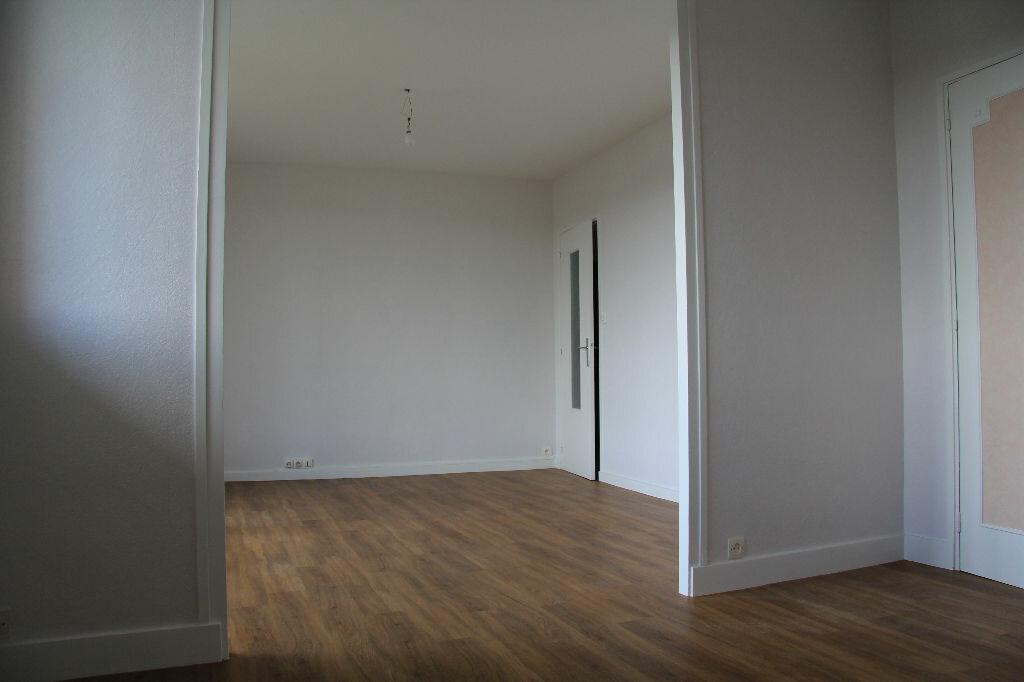 Achat Appartement 3 pièces à Bourges - vignette-10
