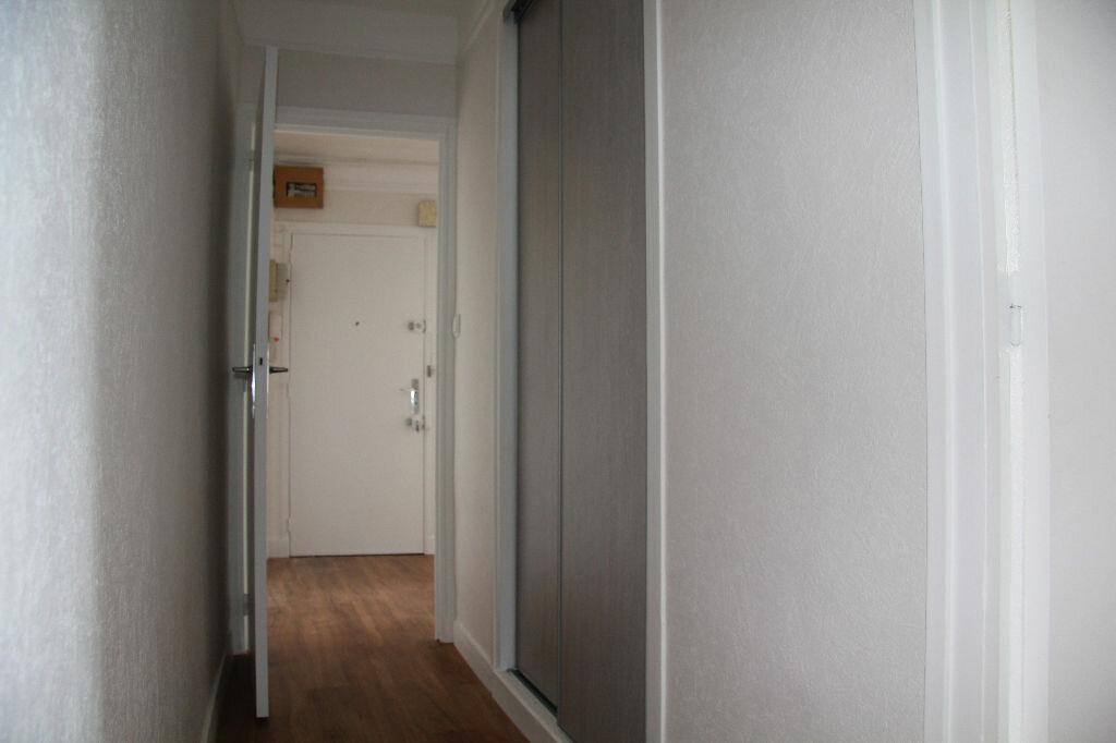 Achat Appartement 3 pièces à Bourges - vignette-13
