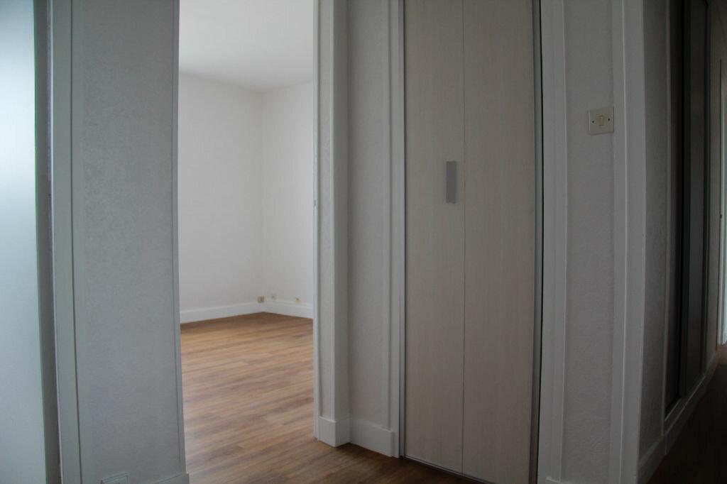 Achat Appartement 3 pièces à Bourges - vignette-14