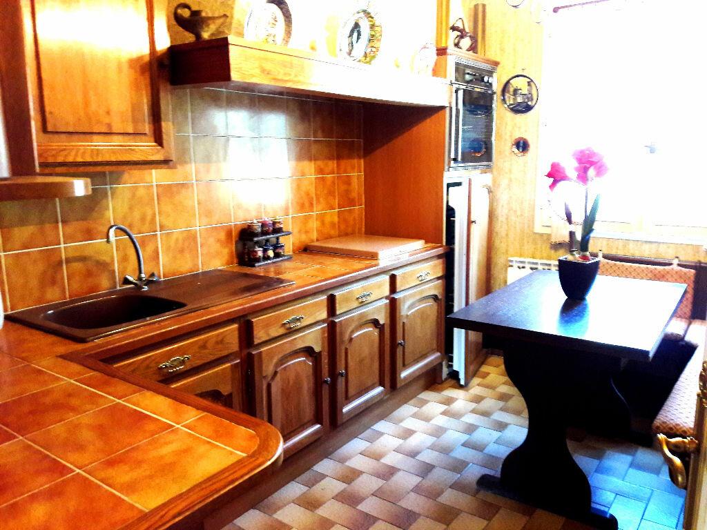 Achat Maison 4 pièces à Saint-Léger-des-Vignes - vignette-4