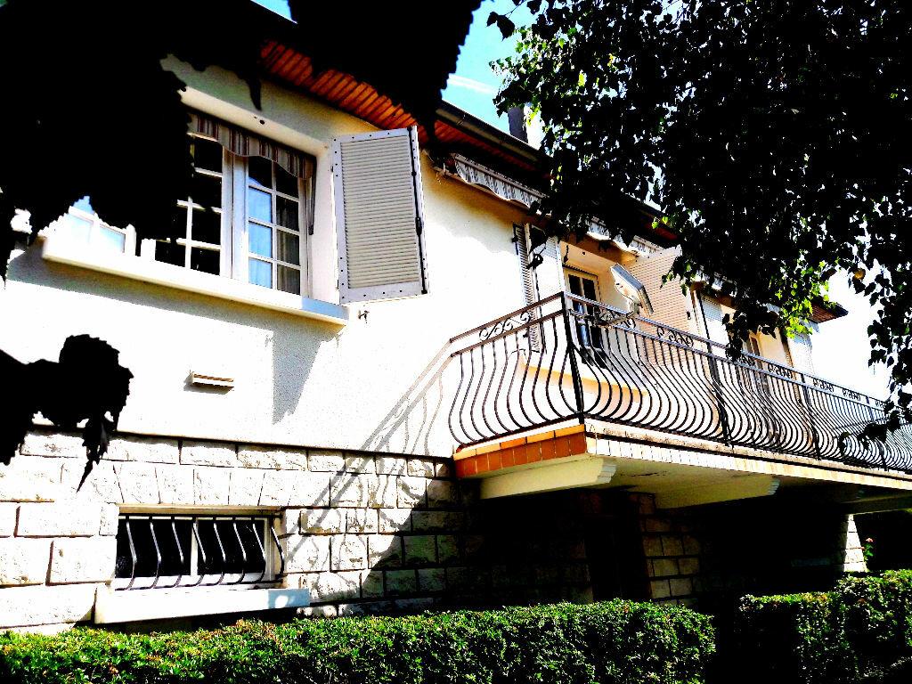 Achat Maison 4 pièces à Saint-Léger-des-Vignes - vignette-8